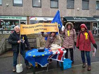 Wealden LibDems promoting Europe policy in Uckfield