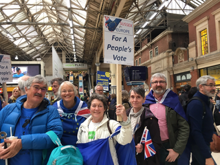 Sussex For Europe and Wealden LibDems pre-March meet-up at Victoria Station