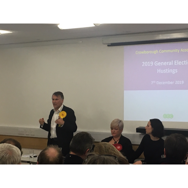 L to R: Wealden candidates Chris Bowers (LibDem) Angie Smith (Labour) and moderator Helen Catt, December 7 2019
